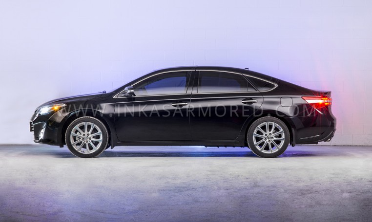 Armoured Toyota Avalon Rear View