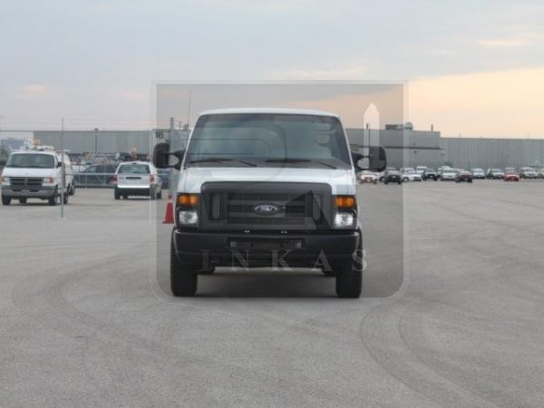 Ford E350 11-Passenger Transport Vehicle